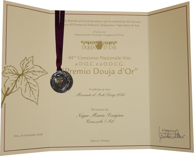 """""""Premio Douja d'Or"""" 2016 - Moscato d'Asti D.O.C.G. 2015."""